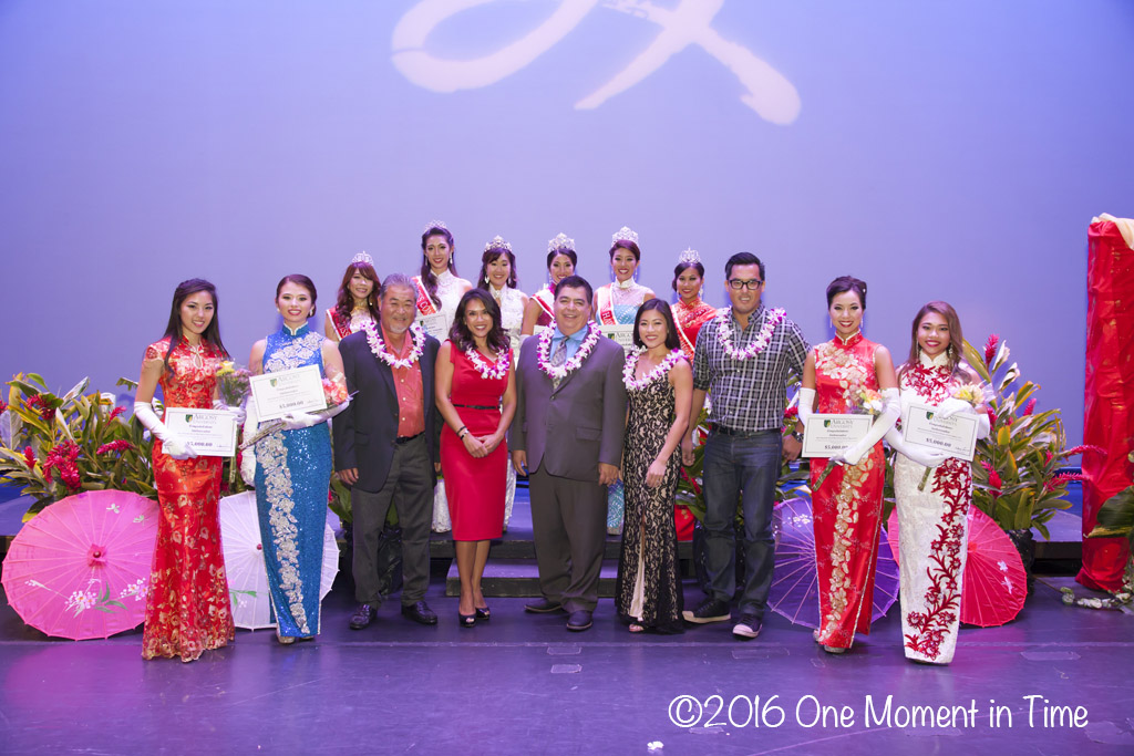 All Contestants with Pageant Judges - Miss Chinatown Hawaii/Miss Hawaii Chinese Scholarship Pageant - ©2017 One Moment in Time Photography