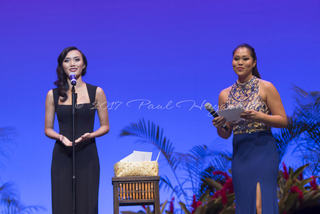 2018 Miss Chinatown/Miss Hawaii Chinese Pageant On Stage Question - ©2017 Paul Hayashi Photography - All Rights Reserved